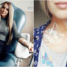 Vos 23-ejų mergina trečius metus kovoja už gyvybę: retą ligą išdavė kiaušinio dydžio gumbas