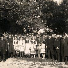 Respublikos Prezidentas keliauja po Lietuvą ir susitinka su vietos gyventojais bei savivaldos atstovais.