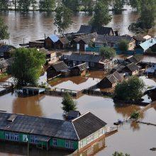 Sibire didelis potvynis pareikalavo mažiausiai penkių žmonių gyvybių