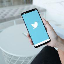 """""""Twitter"""" 300 tūkst. su JAV rinkimais susijusių pranešimų pažymėjo kaip klaidinančius"""