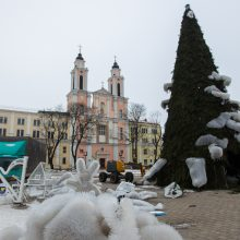 Kaunas atsisveikina su Kalėdų egle: kur dės plastikinius šiaudelius?