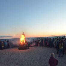 Joninės Šventojoje: magiška alėja, pilna trumpiausios metų nakties paslapčių