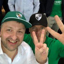 """Su """"Žalgirio"""" kepurėle sėdėjęs A. Guoga: man ne gėda, juk tai – Lietuvos komanda"""