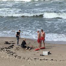 Klastingos jūros srovės vos nepasiglemžė jauno emigranto