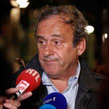 Prancūzijoje sulaikytas buvęs UEFA vadovas M. Platini paleistas po apklausos