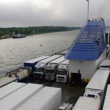 Laivybos kompanijos ieško pigesnio kuro