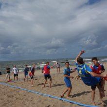 Melnragės paplūdimyje karaliavo rankininkai: sužaistos net 107 rungtynės