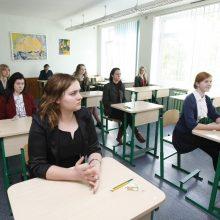 Abiturientai laiko užsienio kalbos – rusų – valstybinį egzaminą