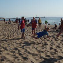 Pirmosios Melnragės paplūdimyje karaliavo rankininkai
