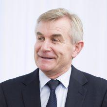 Seimo pirmininkas sveikina Lietuvos tėčius su Tėvo diena