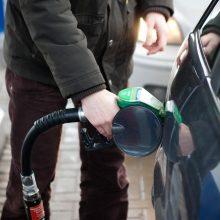"""Ginčai dėl """"Via Baltica"""": siūloma kompensuoti nuostolius degalų prekeiviams"""