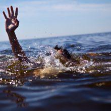 Per savaitgalį vandens telkiniuose nuskendo septyni žmonės