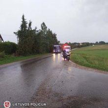 Sostinės pareigūnai ieško eismo įvykio Vilniaus rajone liudininkų