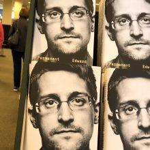 JAV iškėlė bylą E. Snowdenui dėl naujos knygos