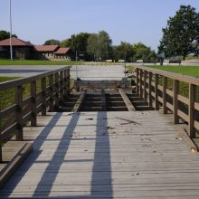 Tvarkomas Kauno pilies pėsčiųjų tiltas: laikinai čia praeiti nebus galima