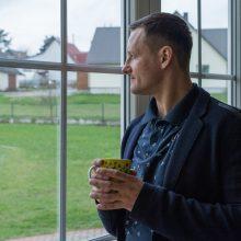 Reabilitacijos centro įkūrėjas M. Balčiūnas: net ir nuo dugno galima atsispirti