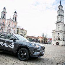 """""""Toyota RAV4"""": nenuobodus kauniečių pasirinkimas"""
