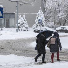 Orai: snigs mažiau, estafetę perims šaltis