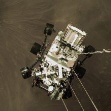 NASA Marso tyrimų zondas atsiuntė naujų įspūdingų nuotraukų