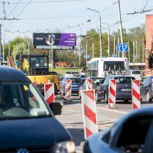 Pasirengimas Kauno pilies žiedinės sankryžos rekonstrukcijai: vairuotojus jau pasitiko spūstys