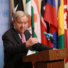 JT vadovas: COVID-19 pandemija įstūmė į skurdą 100 mln. žmonių