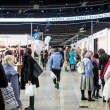 """Atidaryta paroda """"Rinkis prekę lietuvišką"""": lankytojus pasitinka unikalių gaminių gausa"""