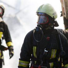 Vilniuje pranešta apie gaisrą gamybiniame pastate
