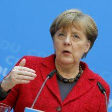 """A. Merkel teigiamai vertina """"Brexit"""" pratęsimo iki 2020 metų pradžios galimybę"""