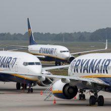 """Nyderlandų teismas nurodė """"Ryanair"""" sumokėti pilotams šimtatūkstantines kompensacijas"""