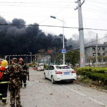Per sprogimą Kinijos chemijos fabrike žuvo šeši žmonės, 30 sunkiai sužeisti