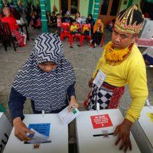 Rinkimai Indonezijoje: skaičiuodami balsus dėl pervargimo mirė 139 žmonės