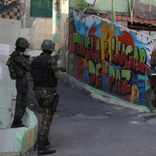 Brazilų policija Rio de Žaneiro faveloje nušovė aštuonis asmenis