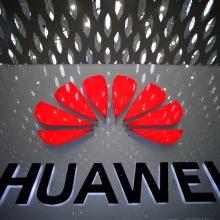 """JAV įvedus sankcijas """"Huawei"""" planuoja plėtrą kompiuterių rinkoje"""