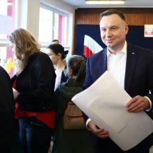 Lenkijos prezidentas neatmeta galimybės siekti antros kadencijos