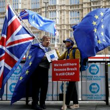 """Nuo """"Brexit"""" pavargusiems britams – naujas televizijos kanalas"""