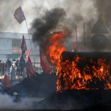 Prancūzijoje streikai gresia ir per Kalėdas