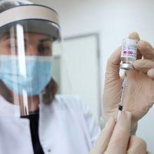 """EVA: nėra požymių, kad """"AstraZeneca"""" vakcina lemia kraujo krešulių susidarymą"""