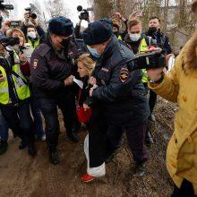 A. Navalno šalininkai sulaikyti prie pataisos kolonijos