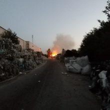 Netoli Gariūnų kilo didelis gaisras