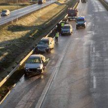 Didelė avarija ties Žiežmariais: yra sužeistų, atnaujintas eismas