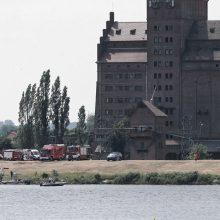 Per aviacijos šventę į Vyslą nukrito akrobatinis lėktuvas, pilotas žuvo