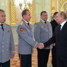 Po išpuolio Kryme V. Putinas ragina sugriežtinti ginklų kontrolę