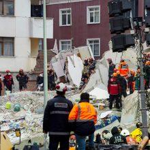 Stambule sugriuvus namui, naujais duomenimis, žuvo mažiausiai 10 žmonių