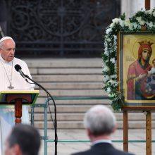 Popiežius paragino bulgarus atverti širdis migrantams