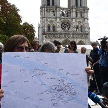 Paryžiaus valdžia bando sklaidyti visuomenės nerimą dėl švino taršos