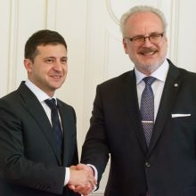 Rygoje viešintis Ukrainos prezidentas dėkoja Latvijai už paramą