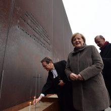 Berlyno sienos griūties 30-metis: A. Merkel paragino ginti demokratiją ir laisvę