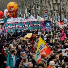 Prancūzijoje vėl vyksta protestai prieš pensijų reformą