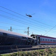 Prie Milano nuo bėgių nulėkus traukiniui žuvo du mašinistai