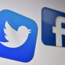 """""""Facebook"""" ir """"Twitter"""" užblokavo """"Putino virėjo"""" J. Prigožino paskyras"""